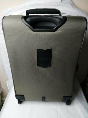 Travelpro Maxlite 21-Inches, Expandable Carry-On Rollaboard,
