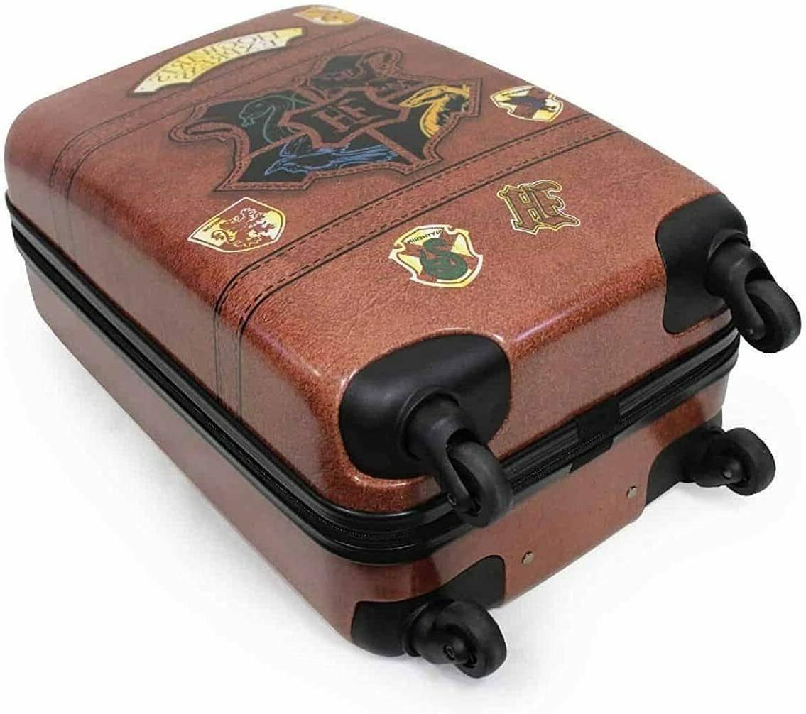 Harry Potter 21 Hogwarts Hard-Sided Tween Spinner Luggage